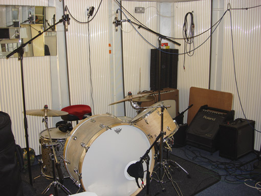 Drums Int 1sm.jpg